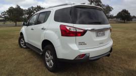 2015 Isuzu UTE Mux J11 Wagon Image 5