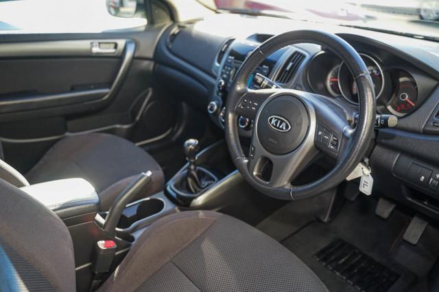 2010 Kia Cerato TD MY11 Koup Si Coupe Image 4
