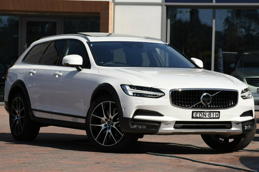 2019 Volvo V90 Cross Country D5 Suv Mobile Image 1