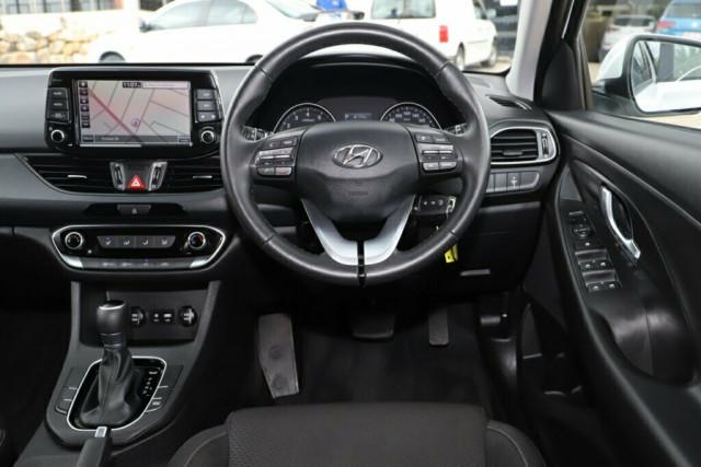 2018 Hyundai i30 PD Active Hatchback Image 14
