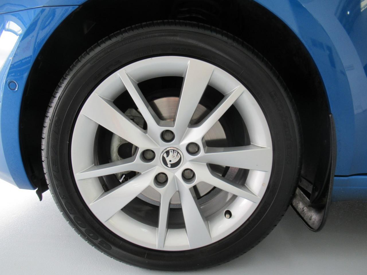 2017 MY18 Skoda Octavia NE MY18 110TSI Sedan Image 11