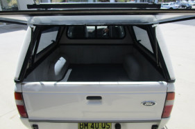2000 Ford Courier PE GL Utility
