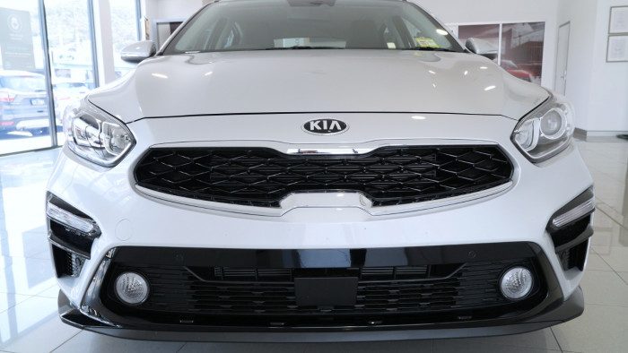 2020 Kia Cerato Hatch BD S with Safety Pack Hatchback Image 31