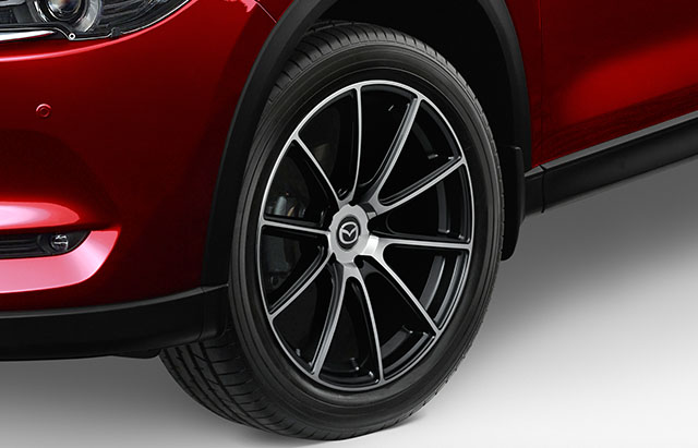 19-inch gloss black alloy wheels
