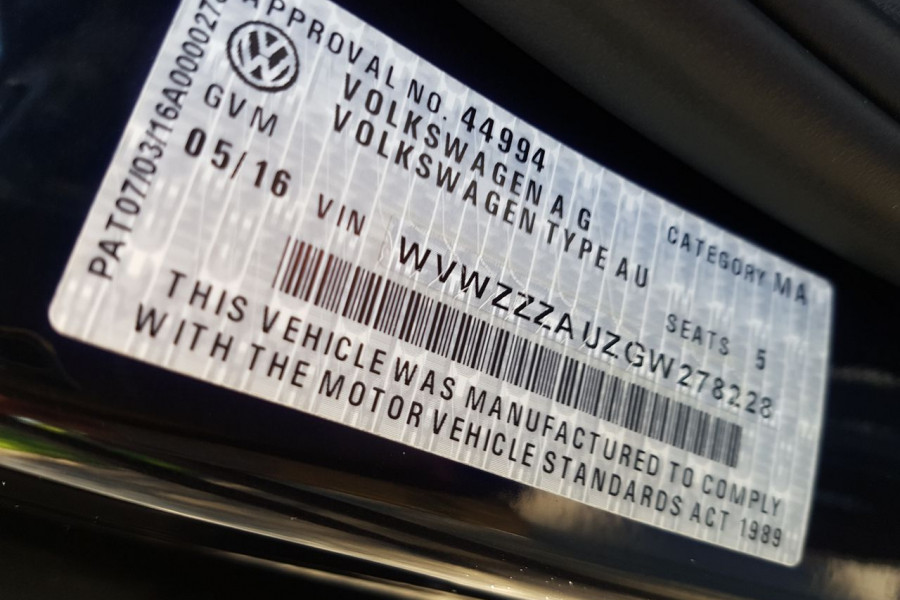 2016 Volkswagen Golf 7 92TSI Hatch Image 15