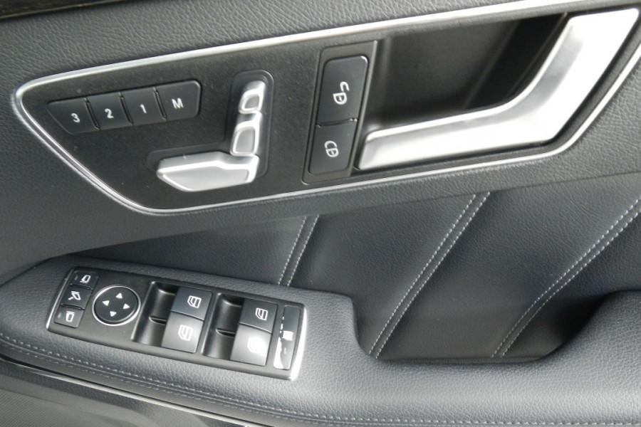 2013 Mercedes-Benz E300 W212 MY13 BlueTEC Sedan Mobile Image 17