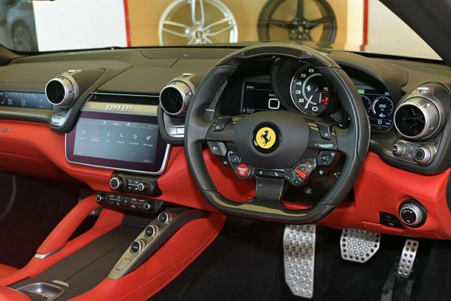 2017 Ferrari Gtc4lusso F151 T Hatchback Mobile Image 4