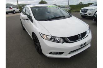 2015 Honda Civic 9TH GEN SER II MY15 SPORT Sedan Image 2