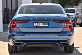 2020 Volvo S60 Z Series T8 R-Design Sedan