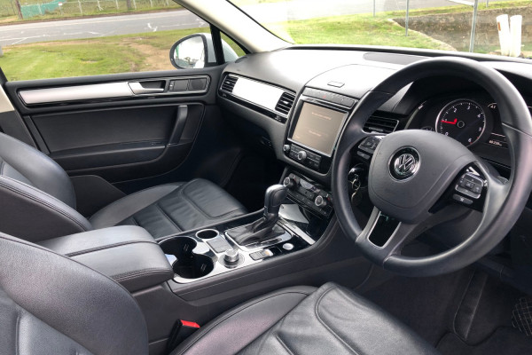 2016 MY17 Volkswagen Touareg 7P 150TDI Suv Image 4
