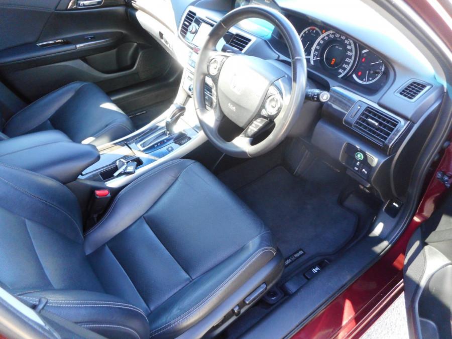 2015 Honda Accord 9th Gen  V6L Sedan Image 10
