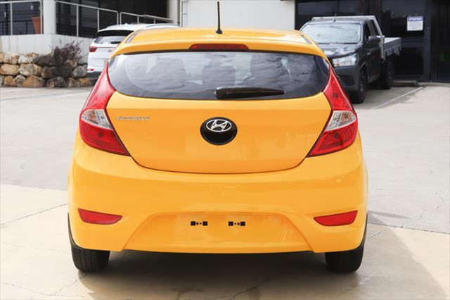 2014 Hyundai Accent RB2 MY15 Active Hatchback Image 5