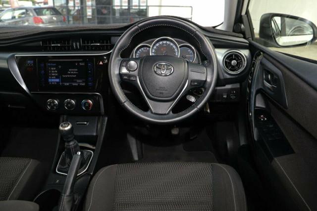 2015 Toyota Corolla ZRE182R Ascent Sport Hatchback Image 14