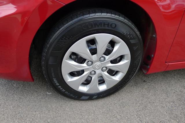 2015 Hyundai Accent Active