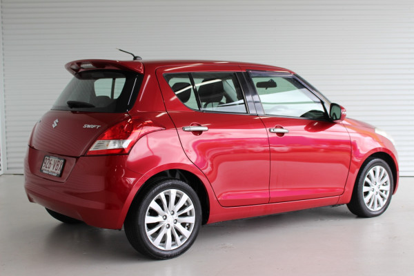 2012 Suzuki Swift FZ RE2 Hatchback