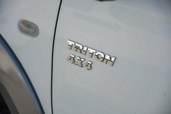 2012 Mitsubishi Triton MN MY12 GLX Cab chassis Image 3