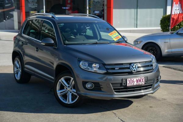 Volkswagen Tiguan 132TSI DSG 4MOTION 5N MY16