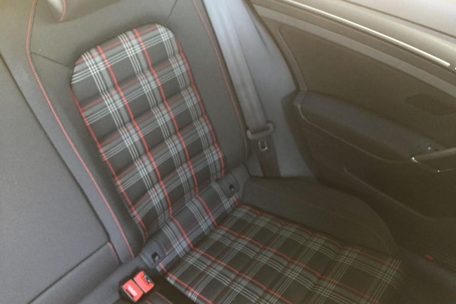 2019 Volkswagen Golf 7.5 GTi Hatchback Image 15