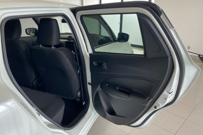 2019 Suzuki Swift AZ GL Navigator Hatchback Image 7