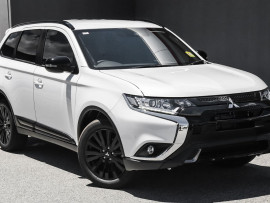Mitsubishi Outlander Black Edition ZL