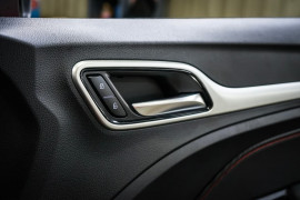 2021 MG ZST (No Series) Excite Wagon image 12