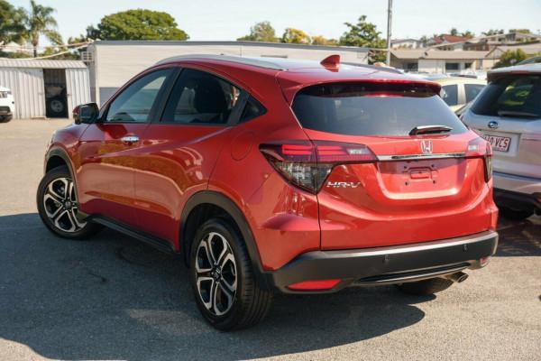 2018 Honda HR-V VTi-LX Hatchback Image 2