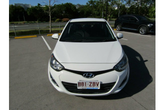 2014 MY15 Hyundai i20 PB MY15 Active Hatchback Image 2