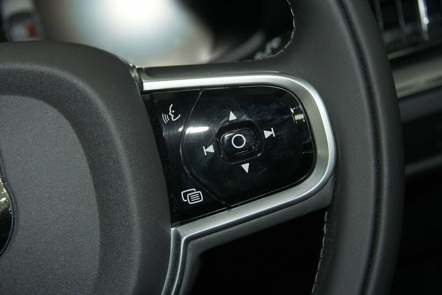 2019 MY20 Volvo V60 (No Series) T5 Momentum Wagon Mobile Image 9