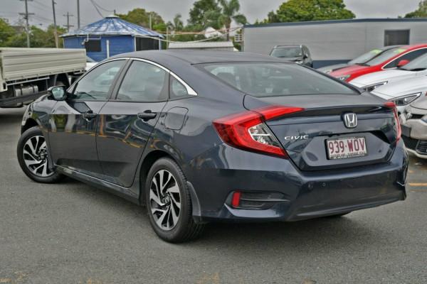2016 Honda Civic 10th Gen VTi-S Sedan Image 3