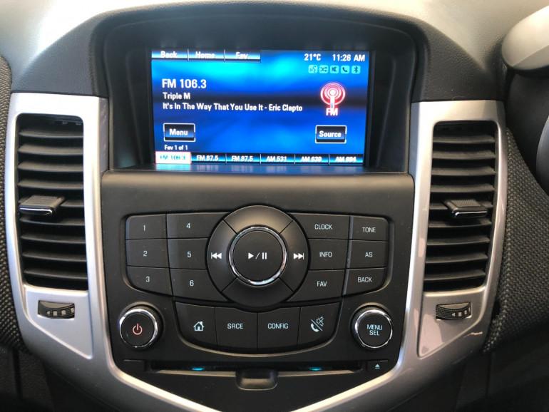 2013 Holden Cruze JH Series II Equipe Hatchback Image 7