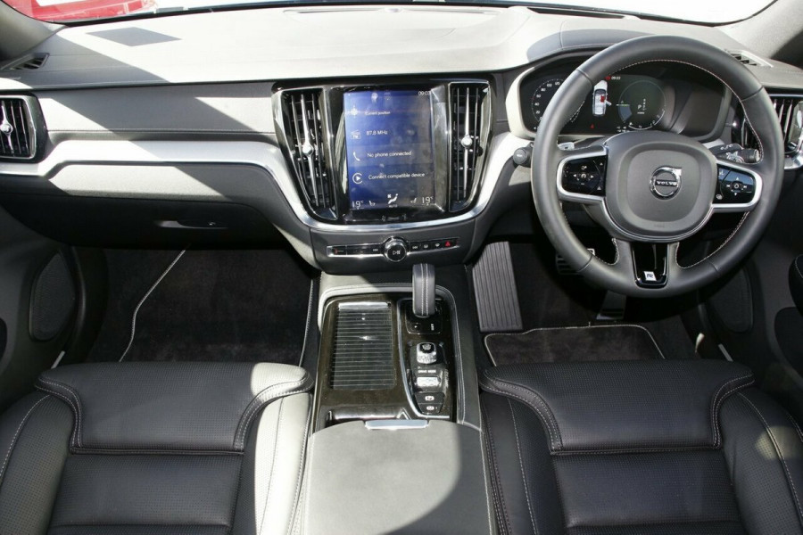 2019 MY20 Volvo V60 F-Series T8 R-Design Wagon Image 6
