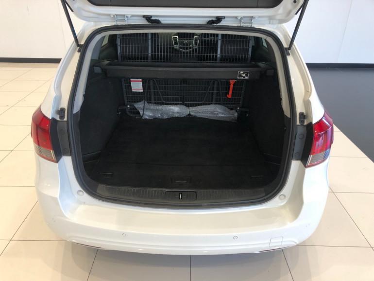 2016 Holden Cruze JH Series II CD Sportwagon Image 12