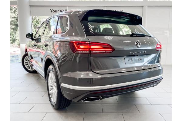 2021 Volkswagen Touareg Suv Image 2