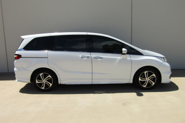 2015 MY16 Honda Odyssey 5th Gen VTi-L Wagon Image 3