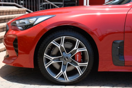 2019 MY20 Kia Stinger GT Carbon Edition GT Carbon Edition Sedan Image 5