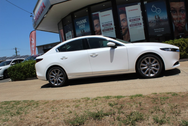 2020 MY19 Mazda 3 BP G20 Touring Sedan Sedan Image 4