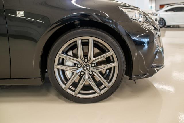 2016 Lexus Is GSE31R 350 F Sport Sedan Image 15