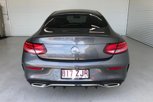 2019 Mercedes-Benz C-class C200 Coupe Image 4