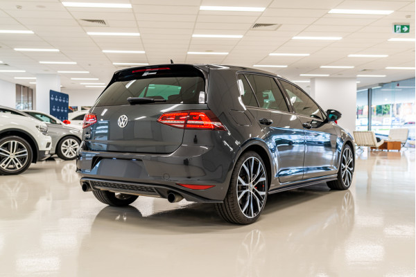 2014 Volkswagen Golf 7 GTI Performance Hatchback Image 4