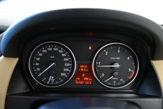 2012 BMW X1 E84 MY0312 xDrive23d Suv Image 8