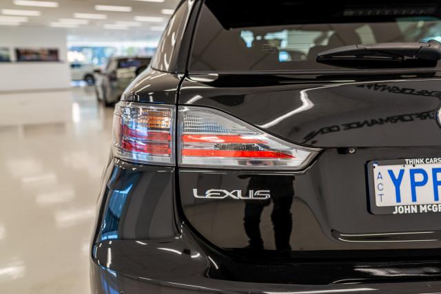 2016 Lexus Ct Hatchback Image 16