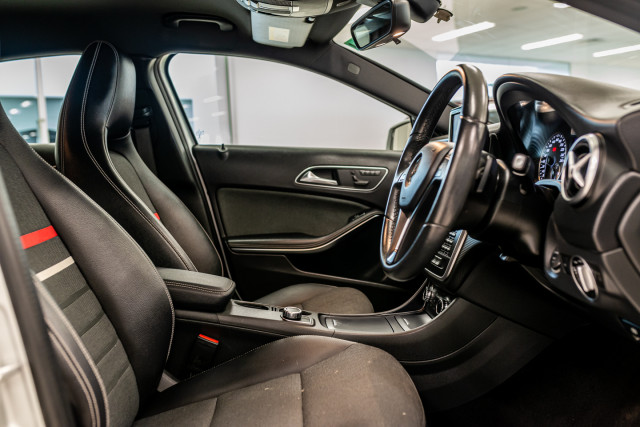 2015 MY06 Mercedes-Benz A-class W176  A180 Hatchback Image 16