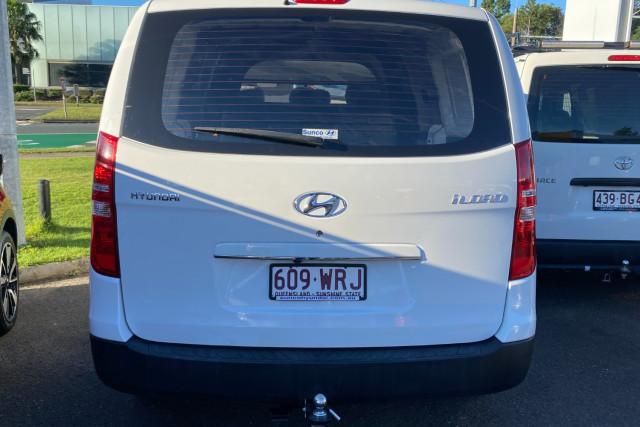 2016 Hyundai Iload TQ3-V Series II  Van Image 3