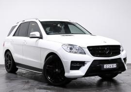 Mercedes-Benz Ml 250 Cdi Bluetec (4x4) Mercedes-Benz Ml 250 Cdi Bluetec (4x4) Auto