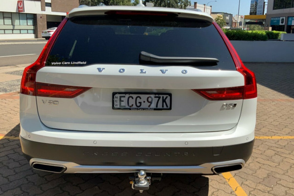 2019 Volvo V90 236 MY19 D5 Cross Country Inscription Wagon Image 5