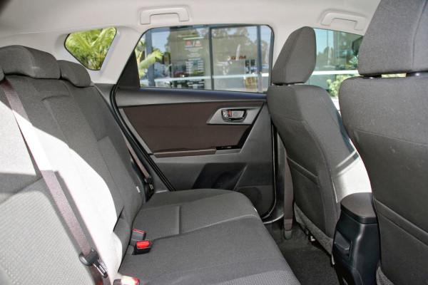 2013 Toyota Corolla ZRE182R Ascent Sport Hatchback image 7