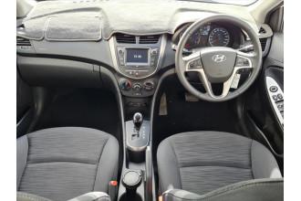 2018 Hyundai Accent RB6  Sport Hatchback Image 2