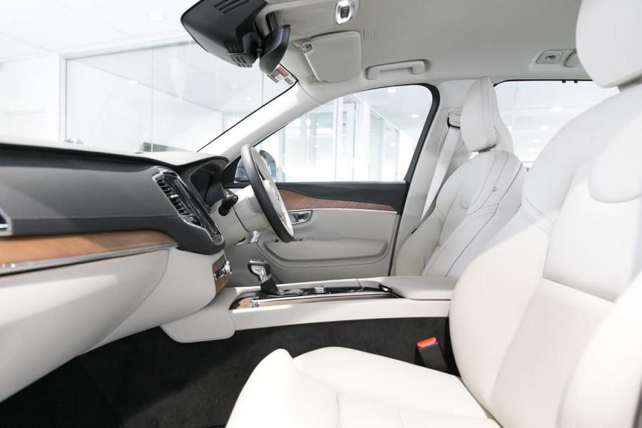 2018 Volvo XC90 L Series D5 Inscription Suv Mobile Image 3