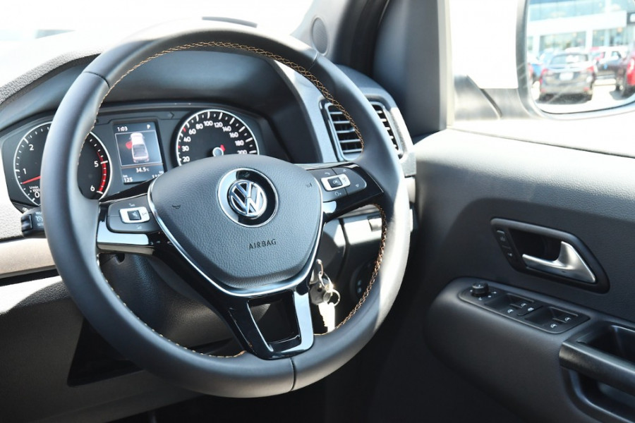 2019 MYV6 Volkswagen Amarok Canyon Canyon Utility Image 9