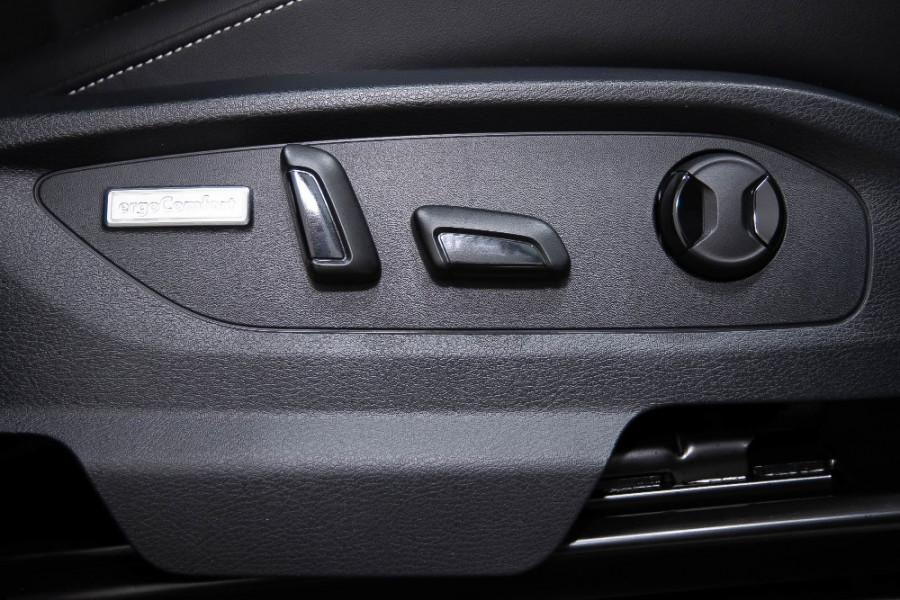 2019 MYV6 Volkswagen Amarok 2H Ultimate 580 Utility Image 17